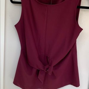 🆕Ann Taylor Magenta knotted tie front top, XS
